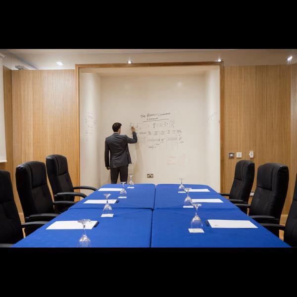 konferensrum whiteboard