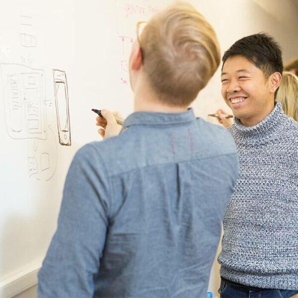 Whiteboard tapet och mobil applikationsdesign