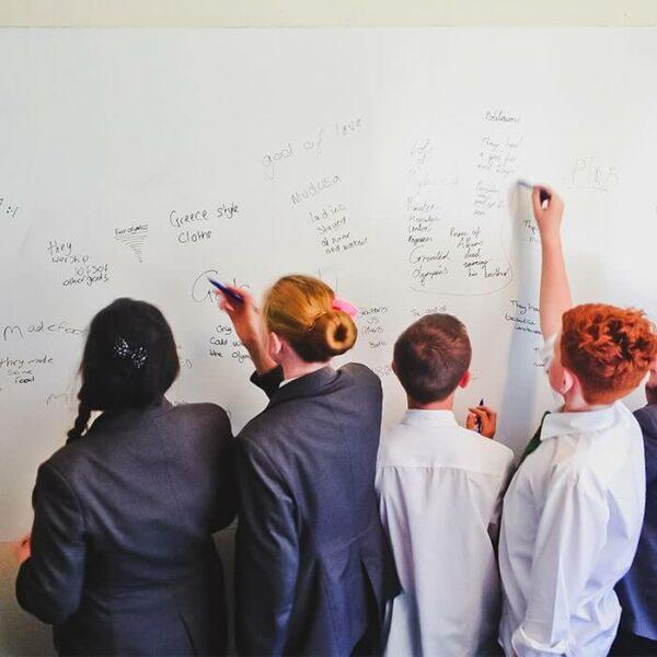 Whiteboardfärg för pedagogiskt bruk
